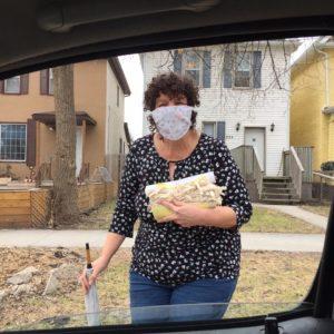 Leslie delivering masks